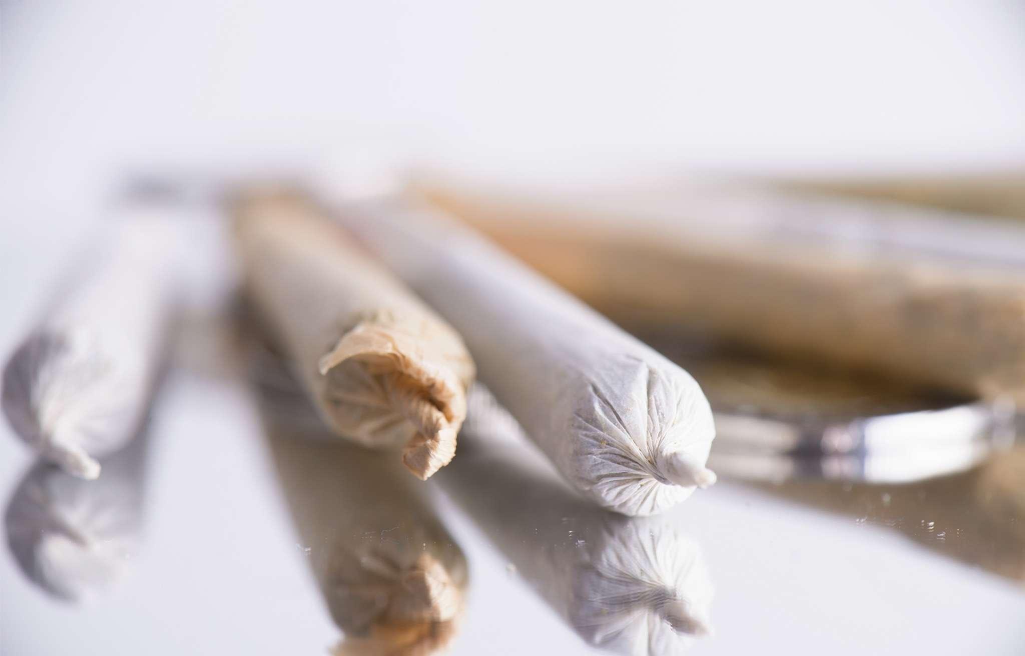 Comprehensive List Marijuana Paraphernalia | Sandstone Care